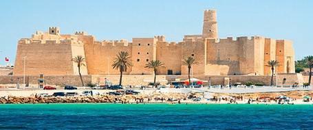 Новый налог на выезд из Туниса для иностранных туристов