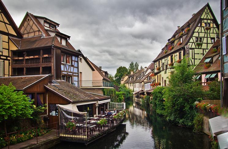 Бордо, Лиссабон и Афины - лидеры туристических симпатий в ЕС по данным опроса European Best Destinations