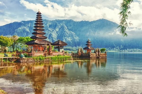 Бронирование туров в Индонезию под вопросом